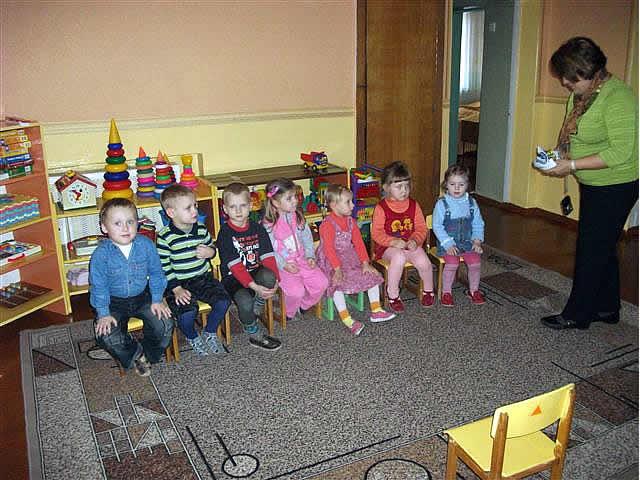Sponsor visiting a kindergarten